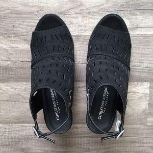 Christian Siriano Shoes - ⚡️New Item In! NEW Christian Siriano Black Heels